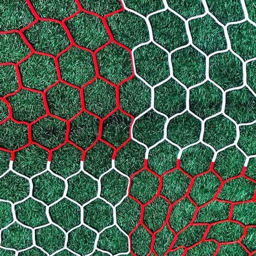 """3mm 4"""" hexagon mesh red and white checkered net."""