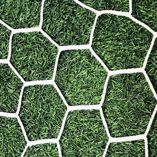 """3mm 4"""" hexagon mesh net white."""