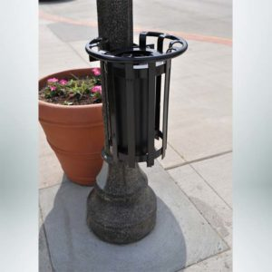 Model #PRBRKTLP. Metal tree guard with ash urn.